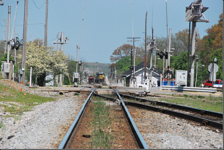 train 025